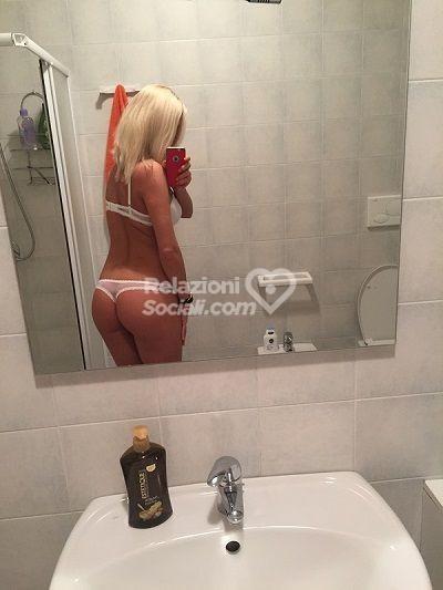 Nicole Blonde Escort Brescia