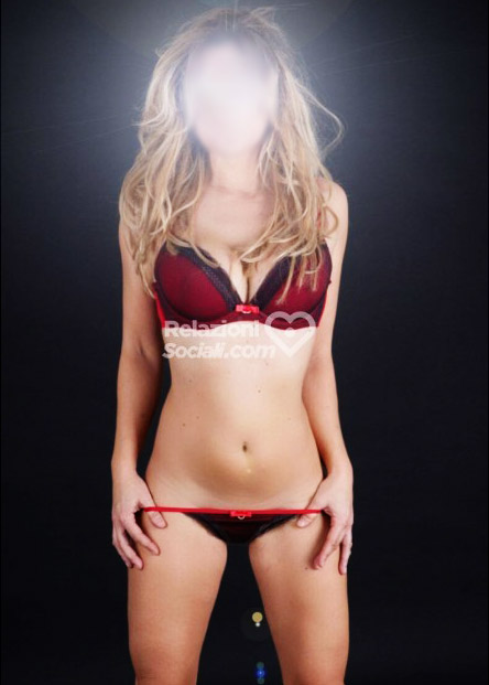 Stella Blonde Escort Firenze